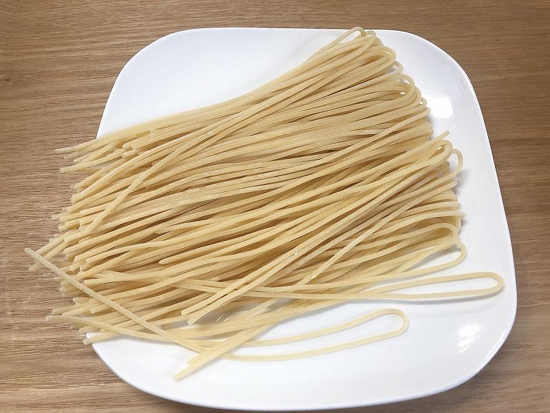 カルディ低糖質パスタ茹でる前の麺